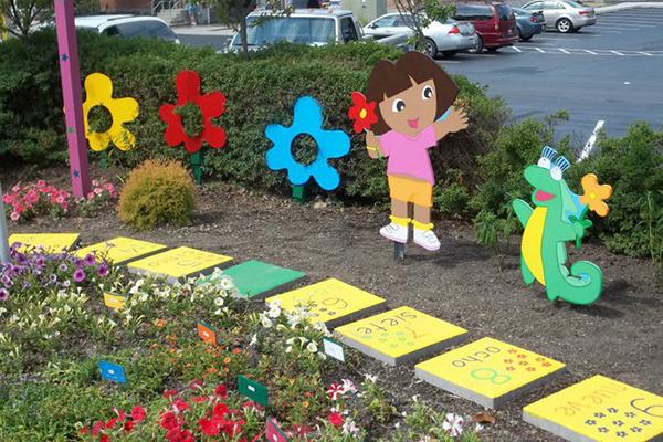 Dora Garden
